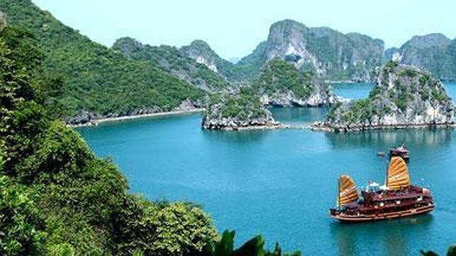 Bahía Ha Long Ecoturismo: Las 7 Maravillas Naturales del Mundo
