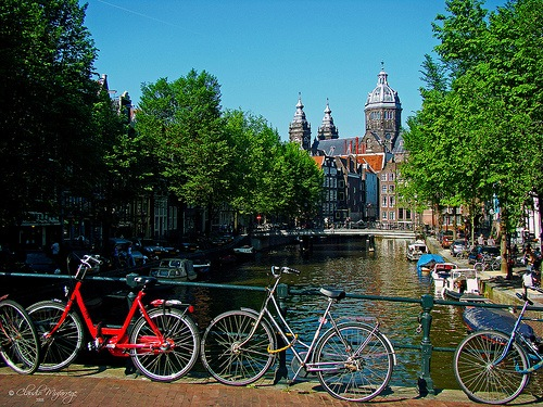 Los canales de Amsterdam Los mejores destinos turísticos para el 2013