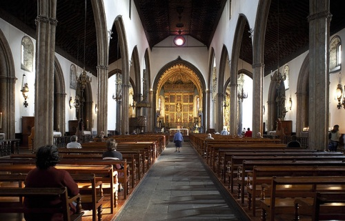 Catedral Funchal Un hermoso destino turístico: la isla Madeira