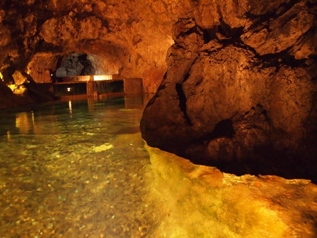 Cuevas de San Vicente 1024x768 Un hermoso destino turístico: la isla Madeira